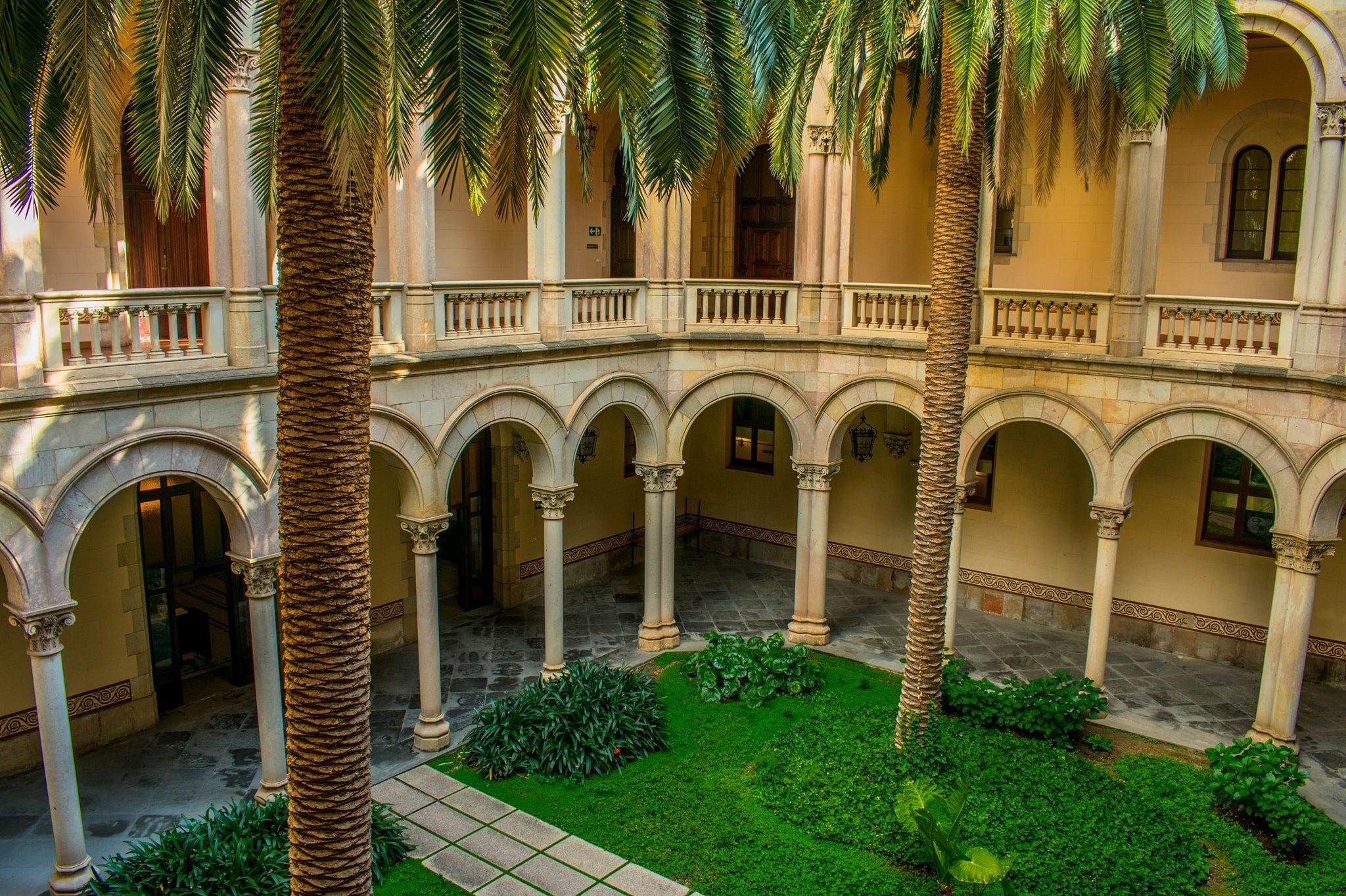 Barcelona-GlobalPage-TopRightSectionPhoto.jpg