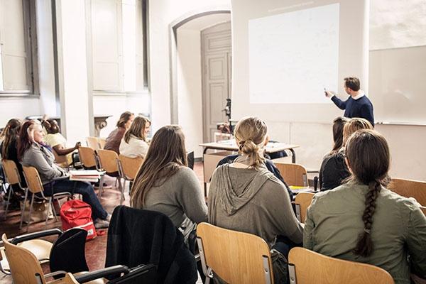 Global_Internships-_Master_Classes.jpg