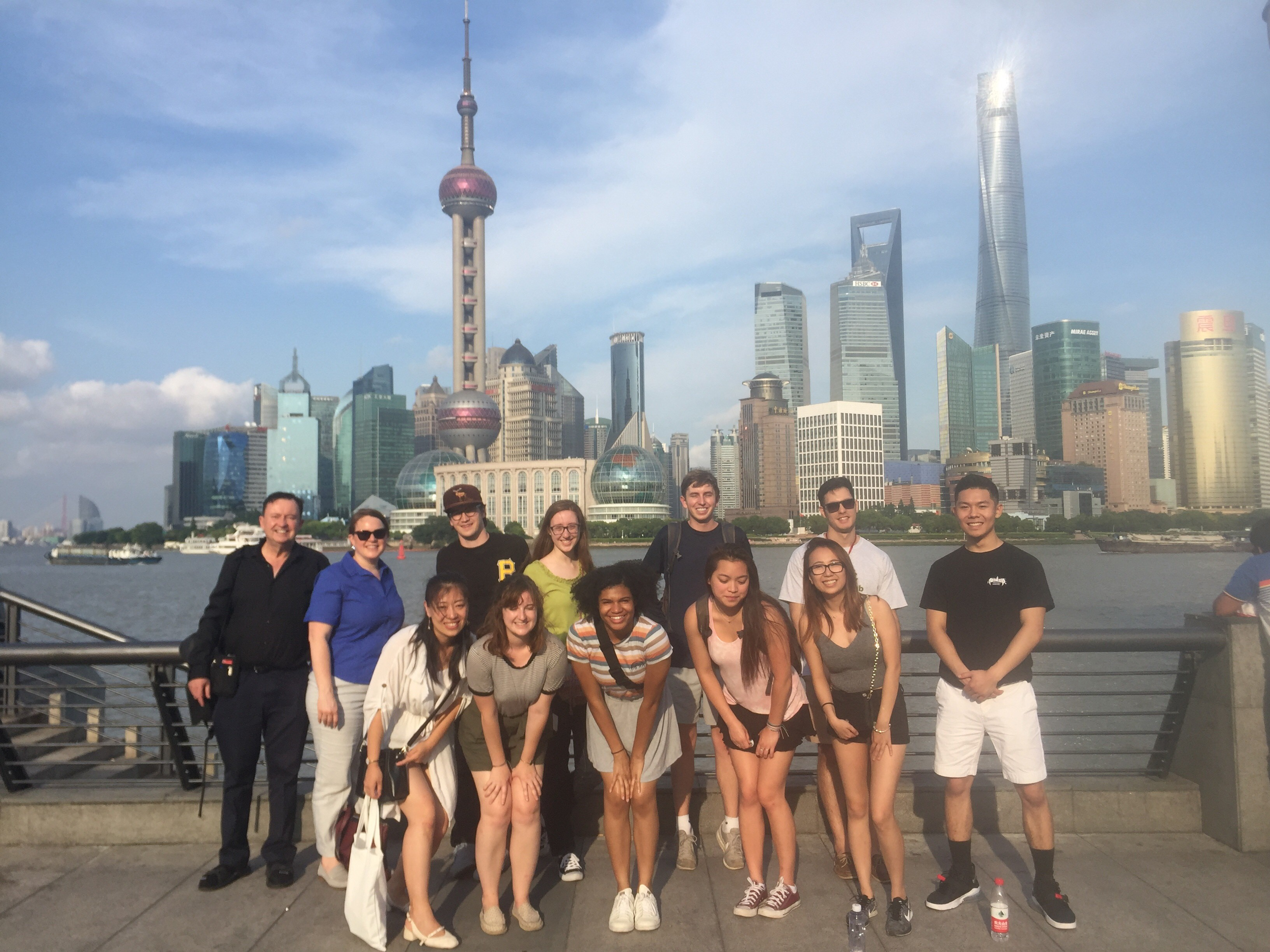 CAPAStudyAbroad_Shanghai_Colin Speakman_CAPA Shanghai Students with Colin at the Bund
